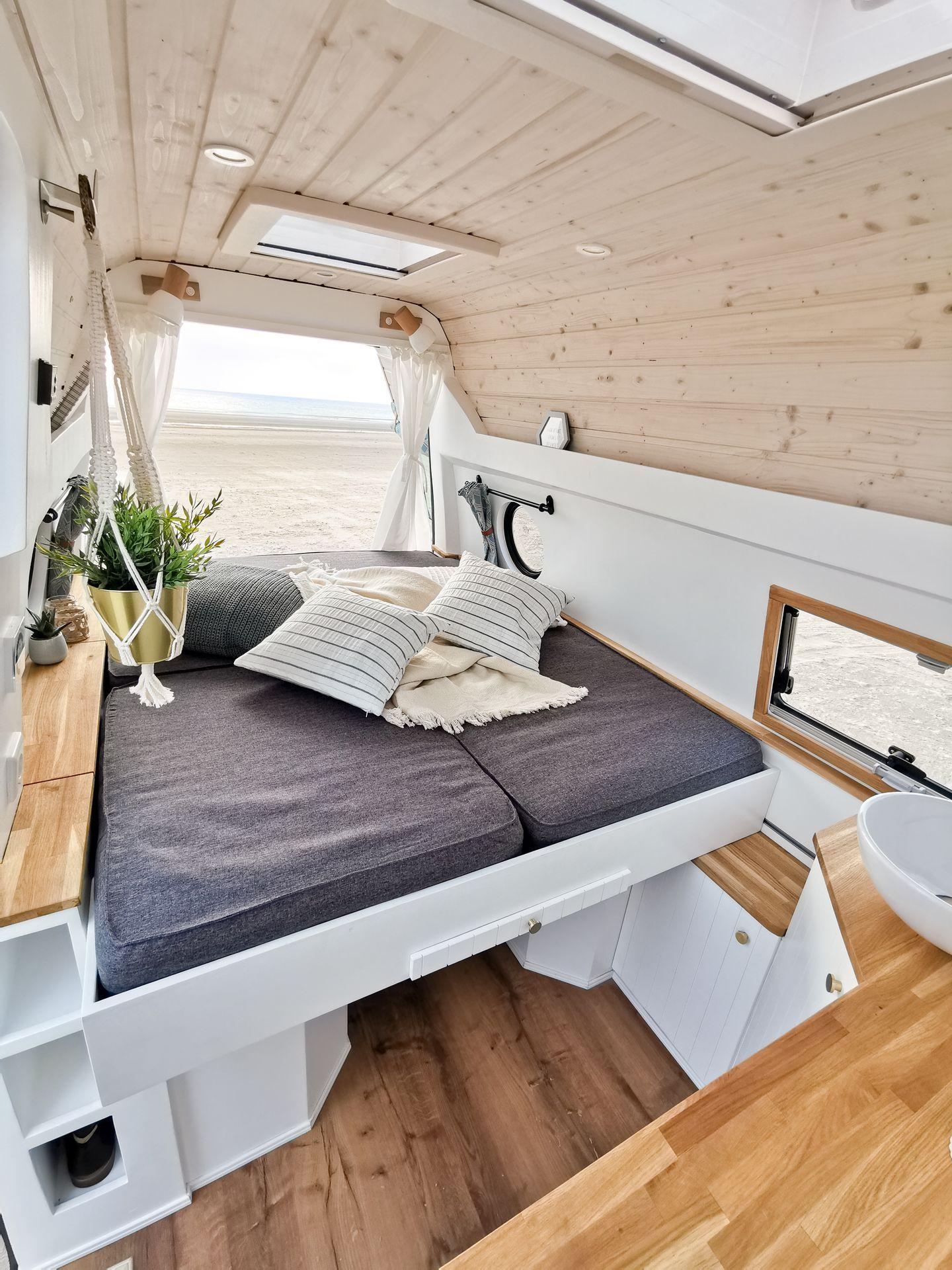 Nordvind_Camper_BOLLE_Camper_Vermietung_Ausbau_Hamburg_Bulli_VW_T5_individuell_Van_Manufaktur_19